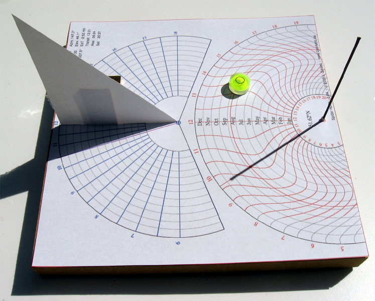 Spider sundial made by Jürgen Giesen.