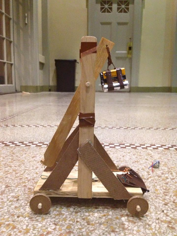 Battery-powered trebuchet